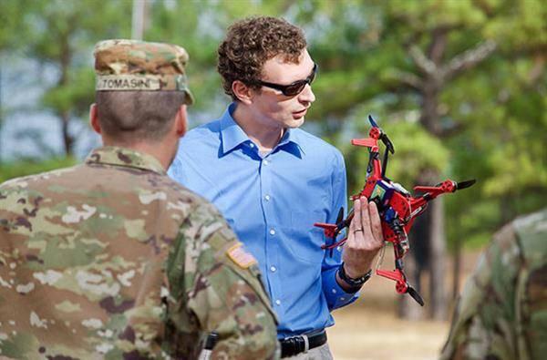 미국육군에서 미션을 위한 3D 프린트 드론을 만들다!